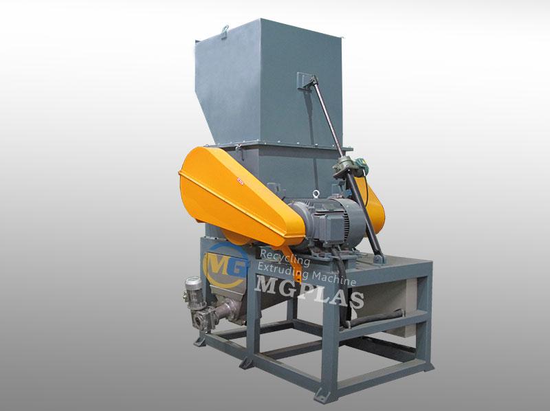 Factory Price Plastic Crushing Machine For PE PP Waste Plastic Films