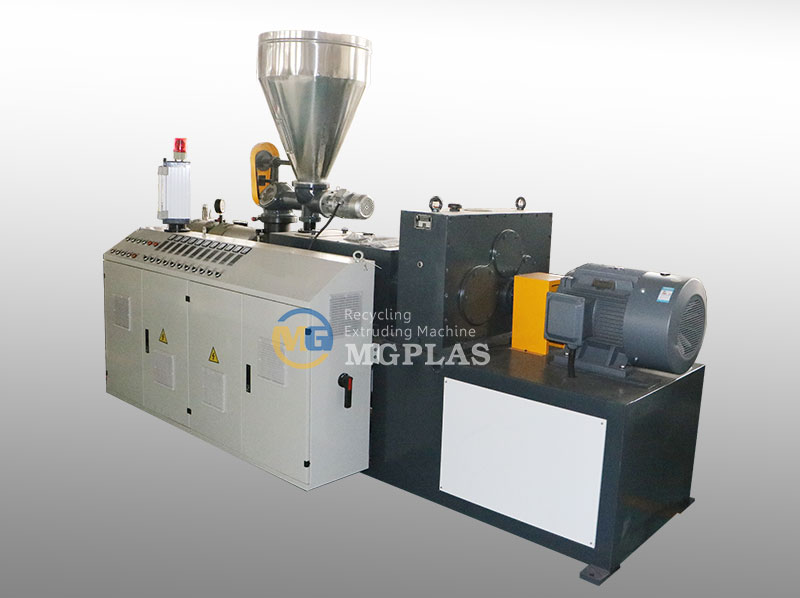 New Technology WPC Production Line For Corrugated WPC Roof Tiles